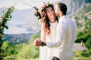свадьба в черногории, wedding montenegro, wedding ceremony, boho style ceremony, wedding arch in boho style
